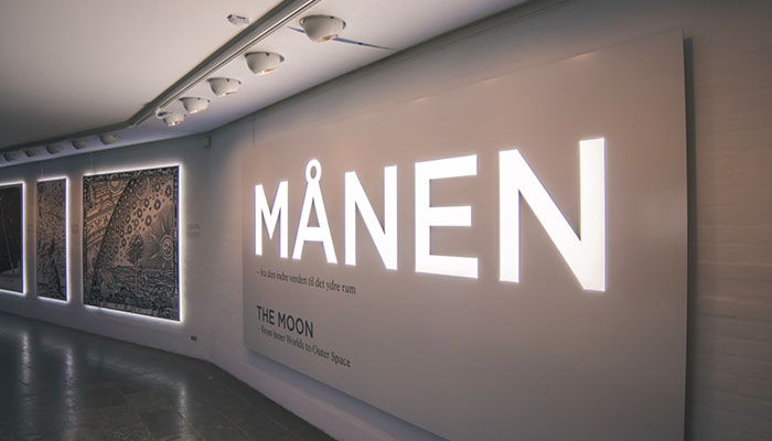 Illuminated office lobby signs that stand out